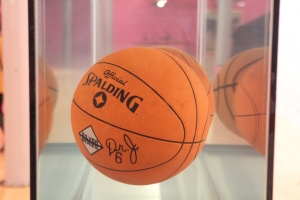 Koons Floating Basketball